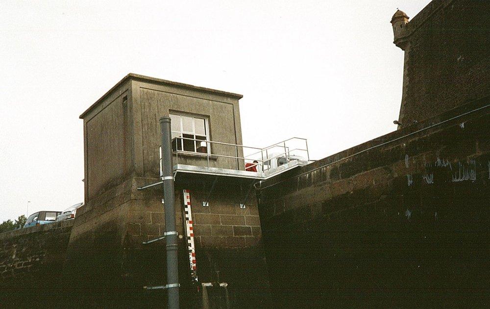 Observatoire de Brest (crédits SHOM)