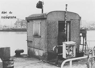 Abri marégraphe Dieppe (crédits SHOM, 1980)