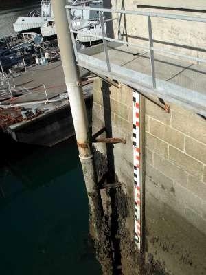 échelle de marée (crédits SHOM, 2010)