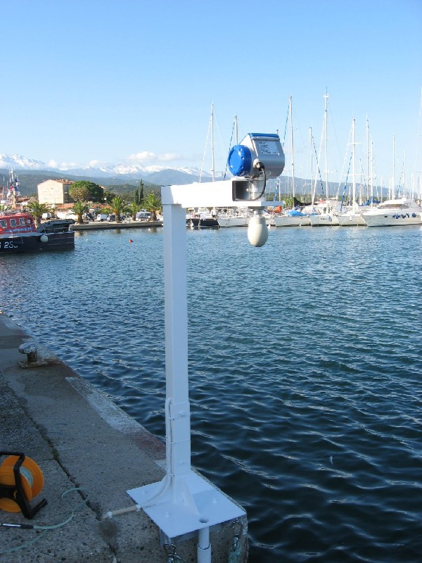 Zoom télémètre radar Solenzara (crédits SHOM, 2010)