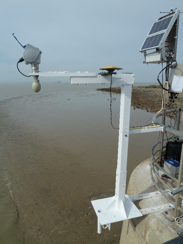 Observatoire marégraphique de l'île d'Aix (SHOM, 2011)