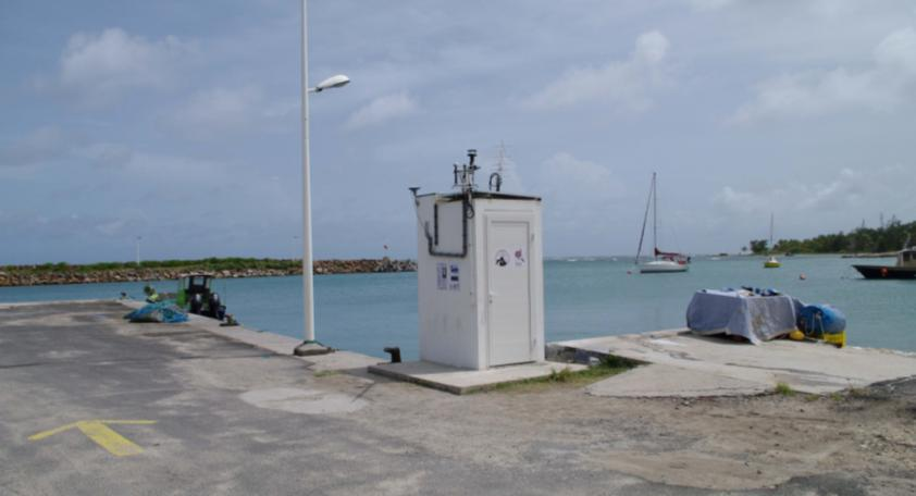 Tide gauge observatory on La Désirade (Photo credits IPGP, June 2010)