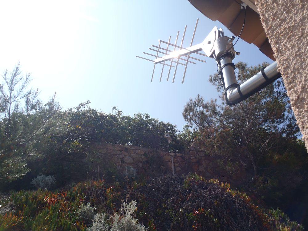 Port-Ferreol Antenne de transmission (Crédits SHOM, mars 2012)